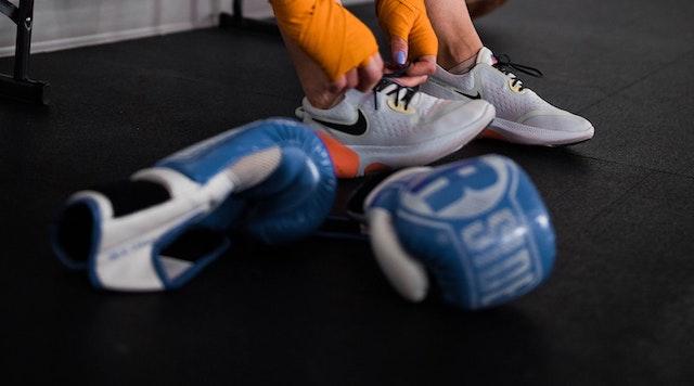 ringside gloves heading